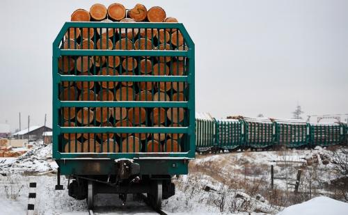 Экспорт круглого леса будет осуществлятся только в ЖДПП Люття и Хасан