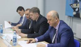 Начальник СТУ Александр Ястребов провёл круглый стол с участниками Международного угольного форума
